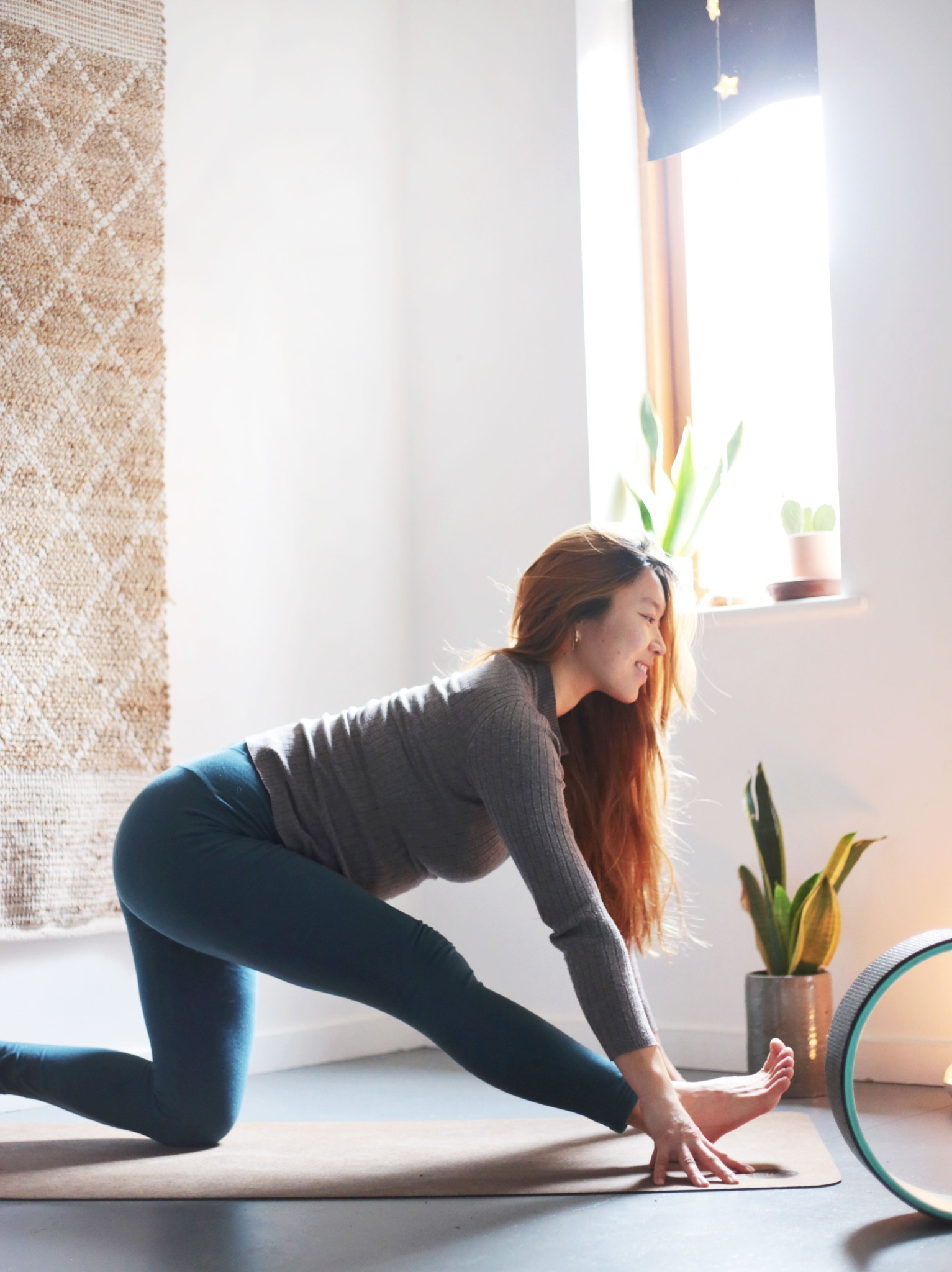 Yoga & Pregnancy: How to adapt your practice when pregnant