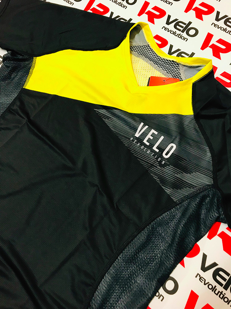 VELO BLACK YELLOW - AIR DRY Technical Tee