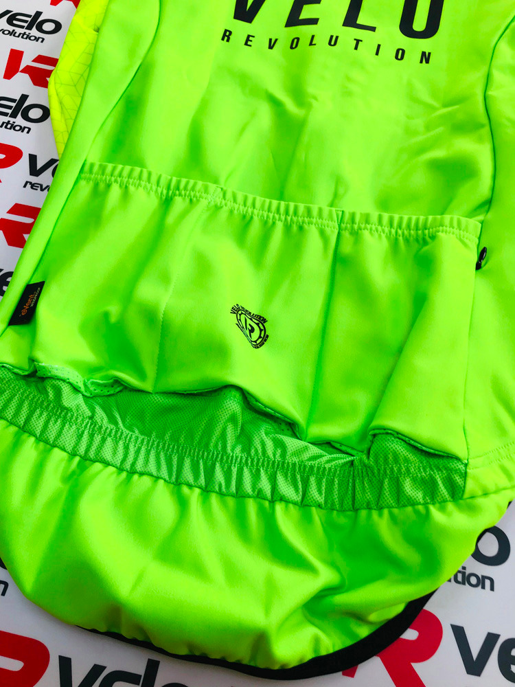 Hydra v4 Neon Green with Fluo Sleeve (eVent Fabric)