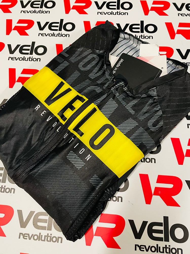 TRIATHLON AERO Short Sleeve Suit SPEEDCHEAT - JET BLACK & Yellow