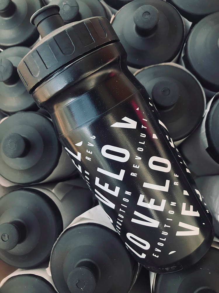 Pro Team Cycling Water Bottles - BLACK 2020 VELO 600ml