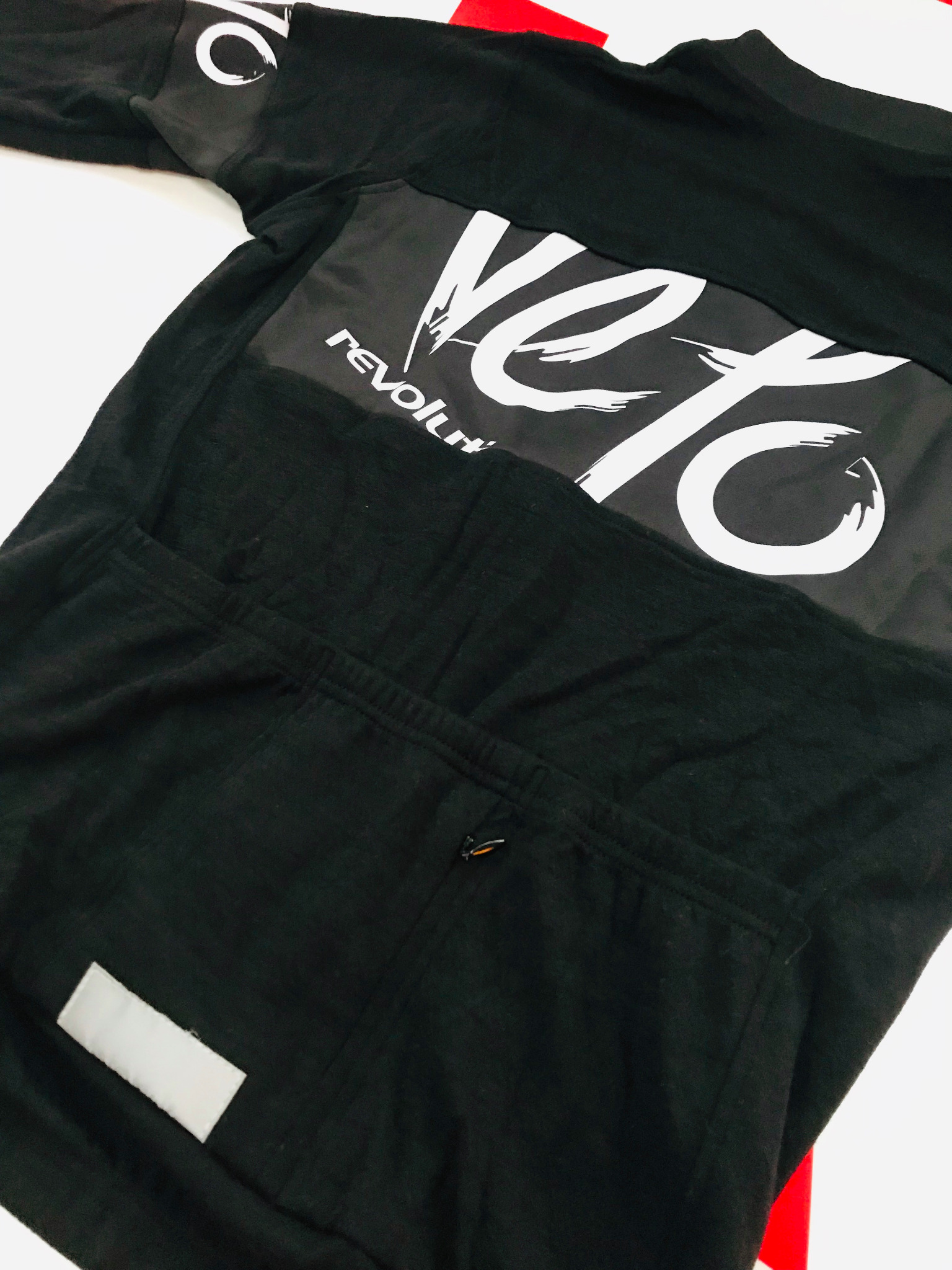 Casual BELGIAN HIPSTER Black Long Sleeve - with White Velo