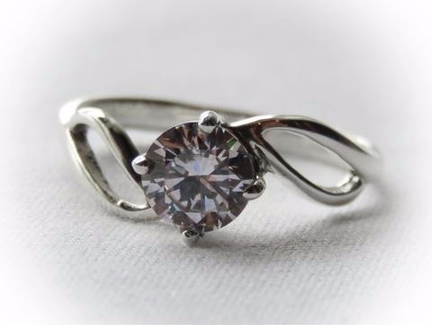 Sterling Silver Zirconia Solitaire