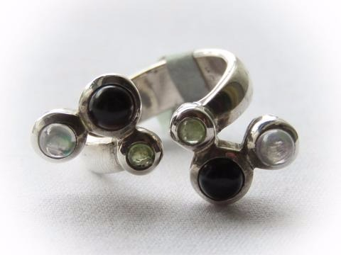 Sterling silver Onyx and Labradorite Ring