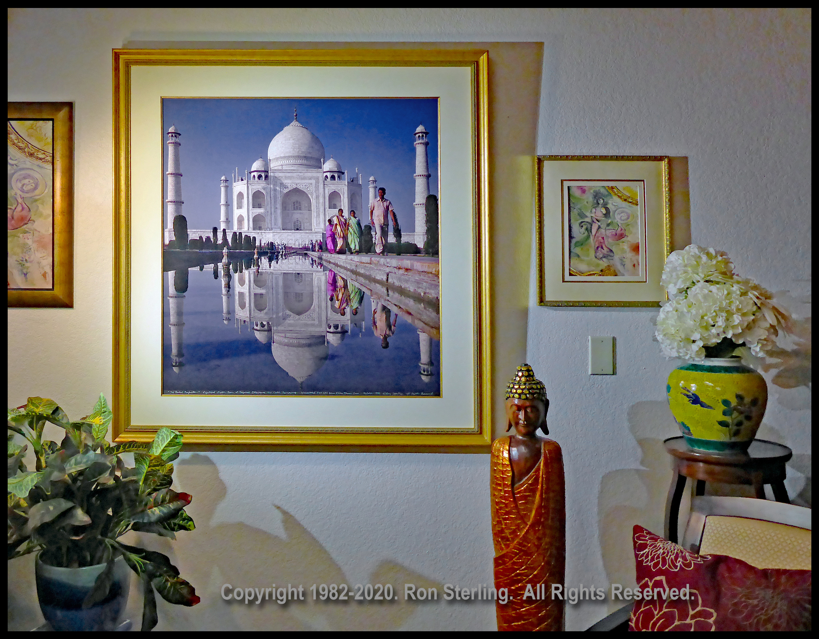 VF Framed Orig. Print Signed by Photographer of the Taj Mahal, October 1982.
