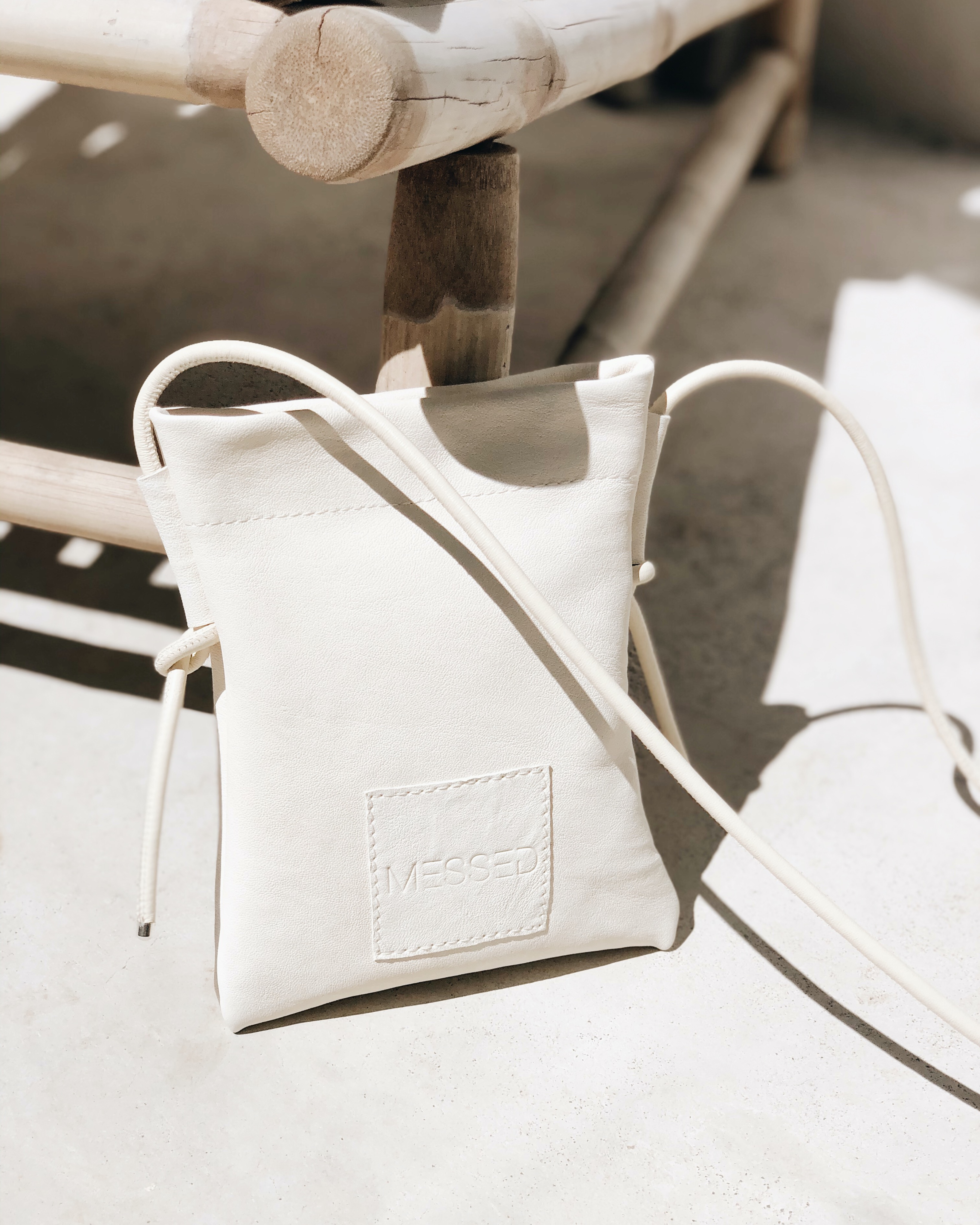 MESSED NECK BAG - OFF WHITE