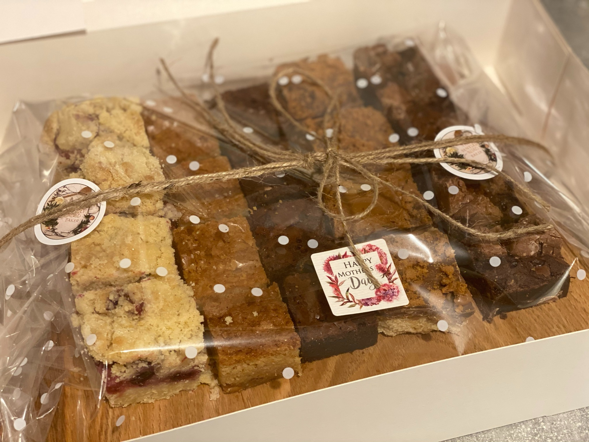 Mother's Day Special- Wooden Platter with Bakes