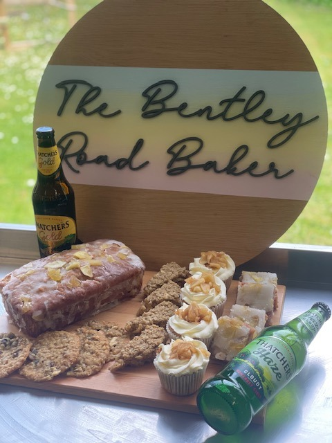 FATHERS DAY - Thatchers Apple Gift Hamper