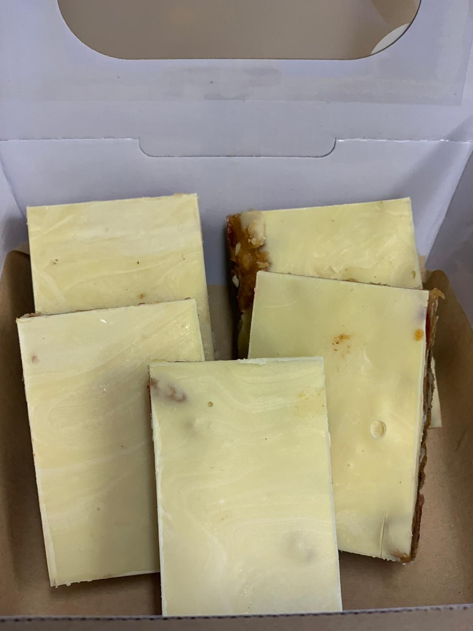 19.06 - Ginger Tiffin with a white chocolate top 5pc