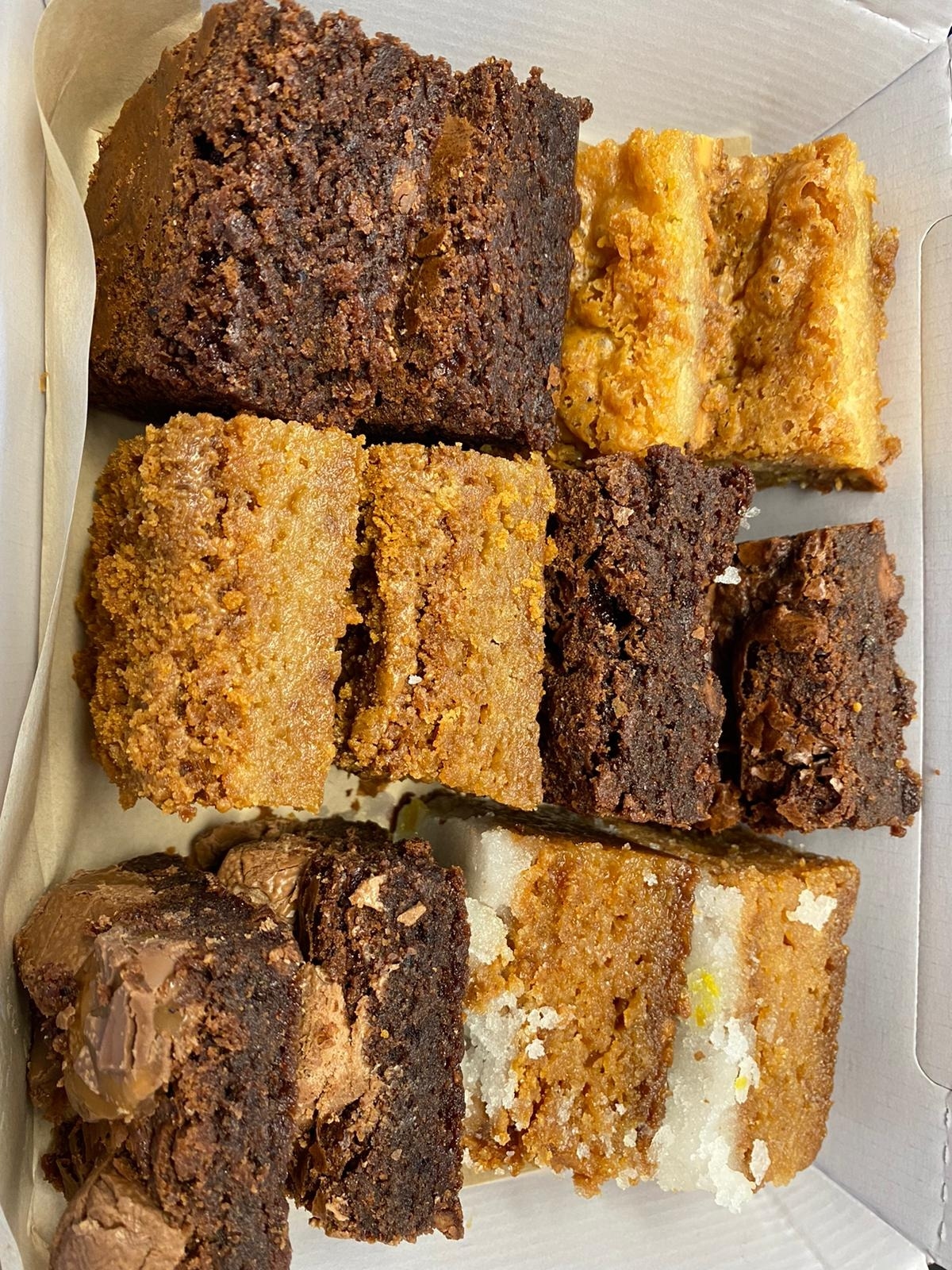 14/09- Mixed Brownies Selection (6 flavours)