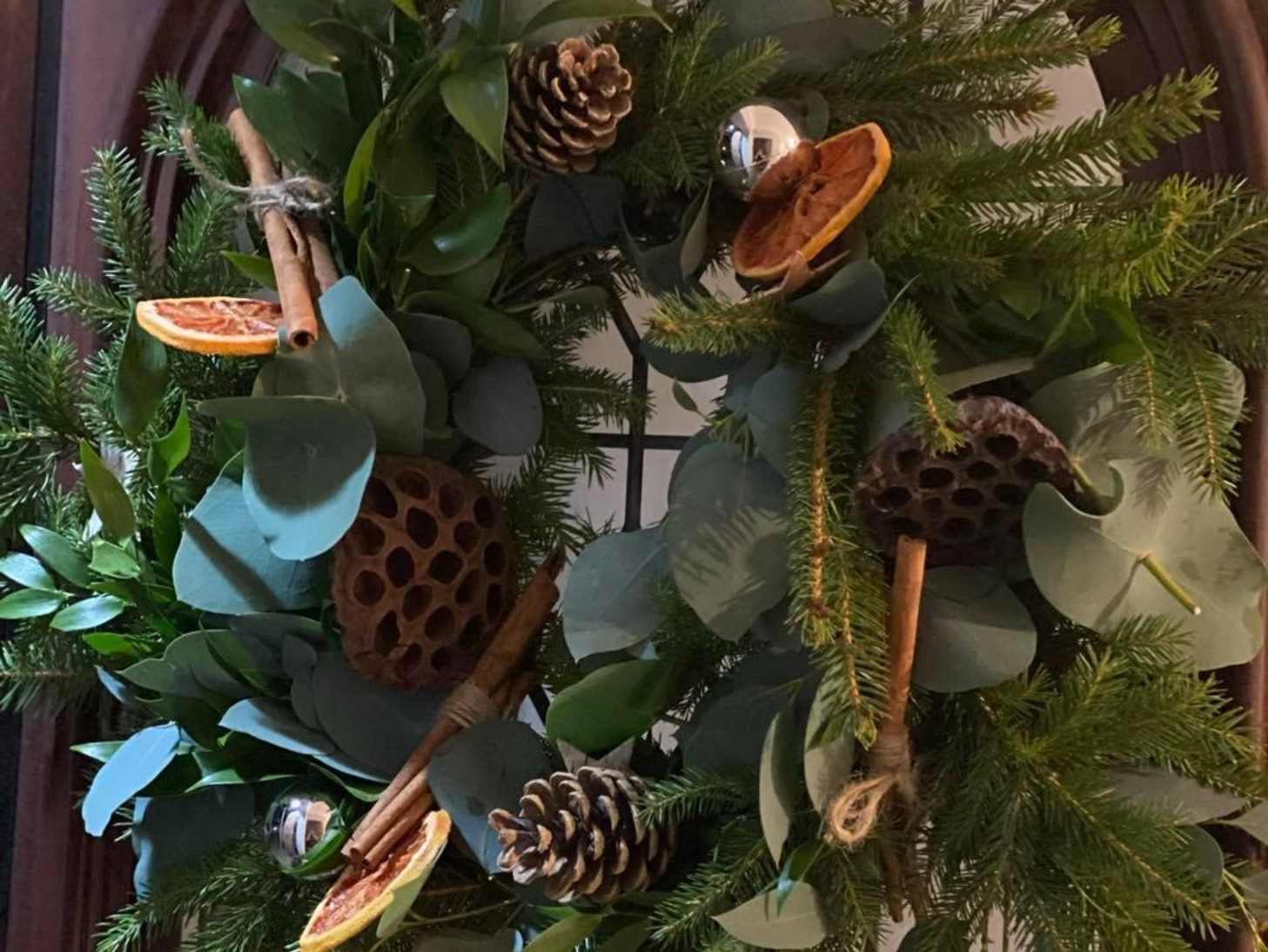 Festive Afternoon Tea and Wreath Making (Wednesday 8th December Workshop Room 2: 10am-1pm) DEPOSIT