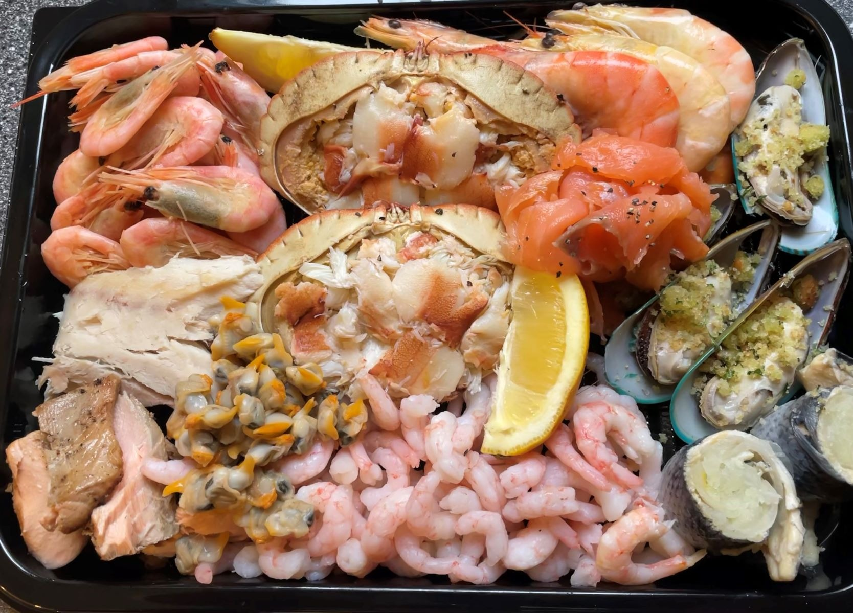 Crab & Seafood Platter ( Call or Email)