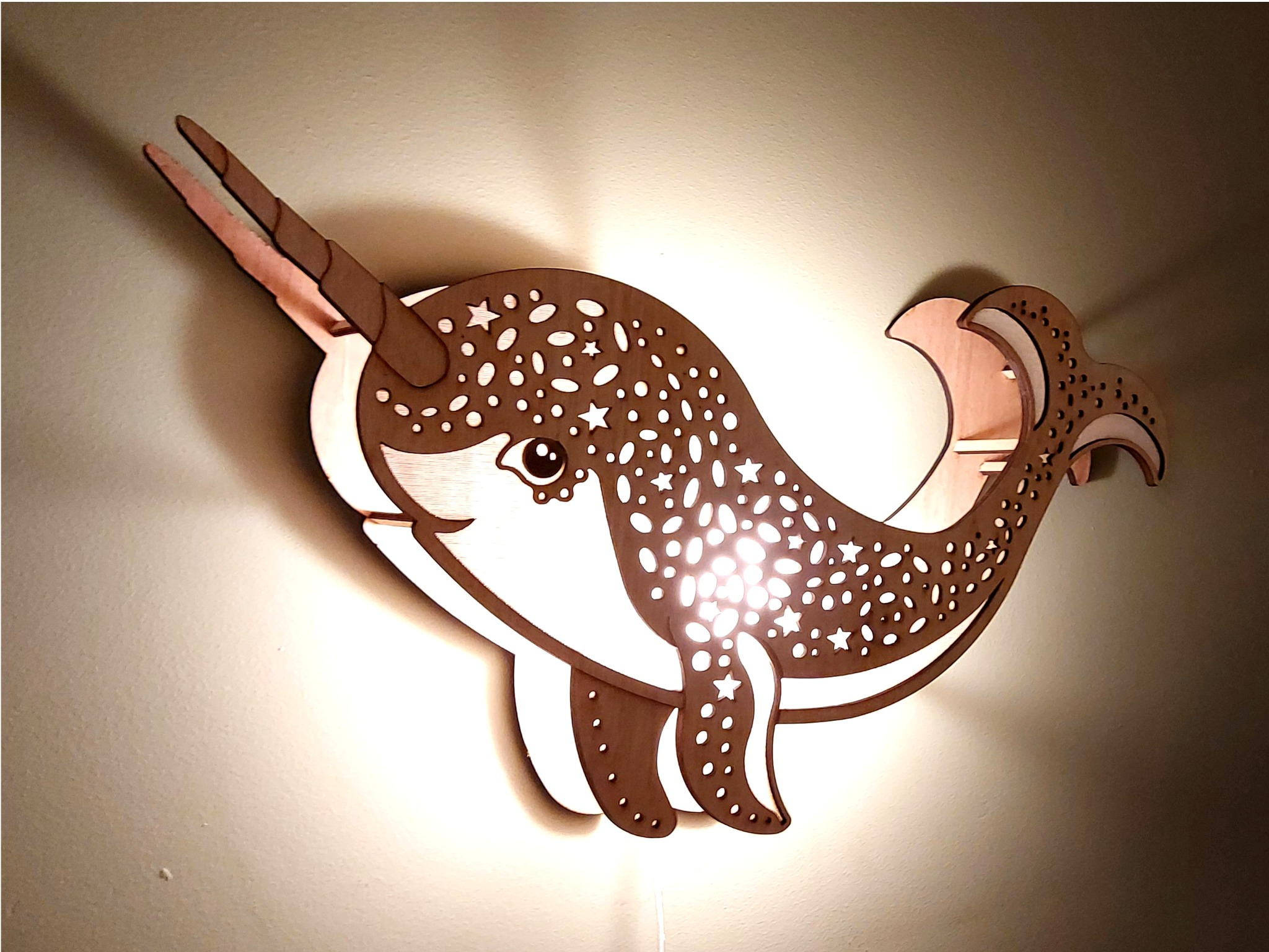 Narwhal, Lamp
