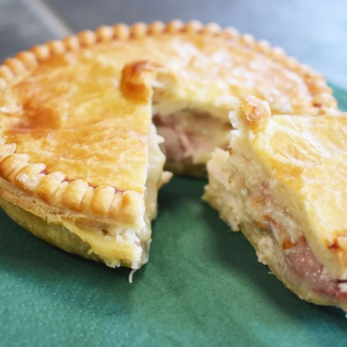 Baked Chicken & Bacon Pie 2x200g