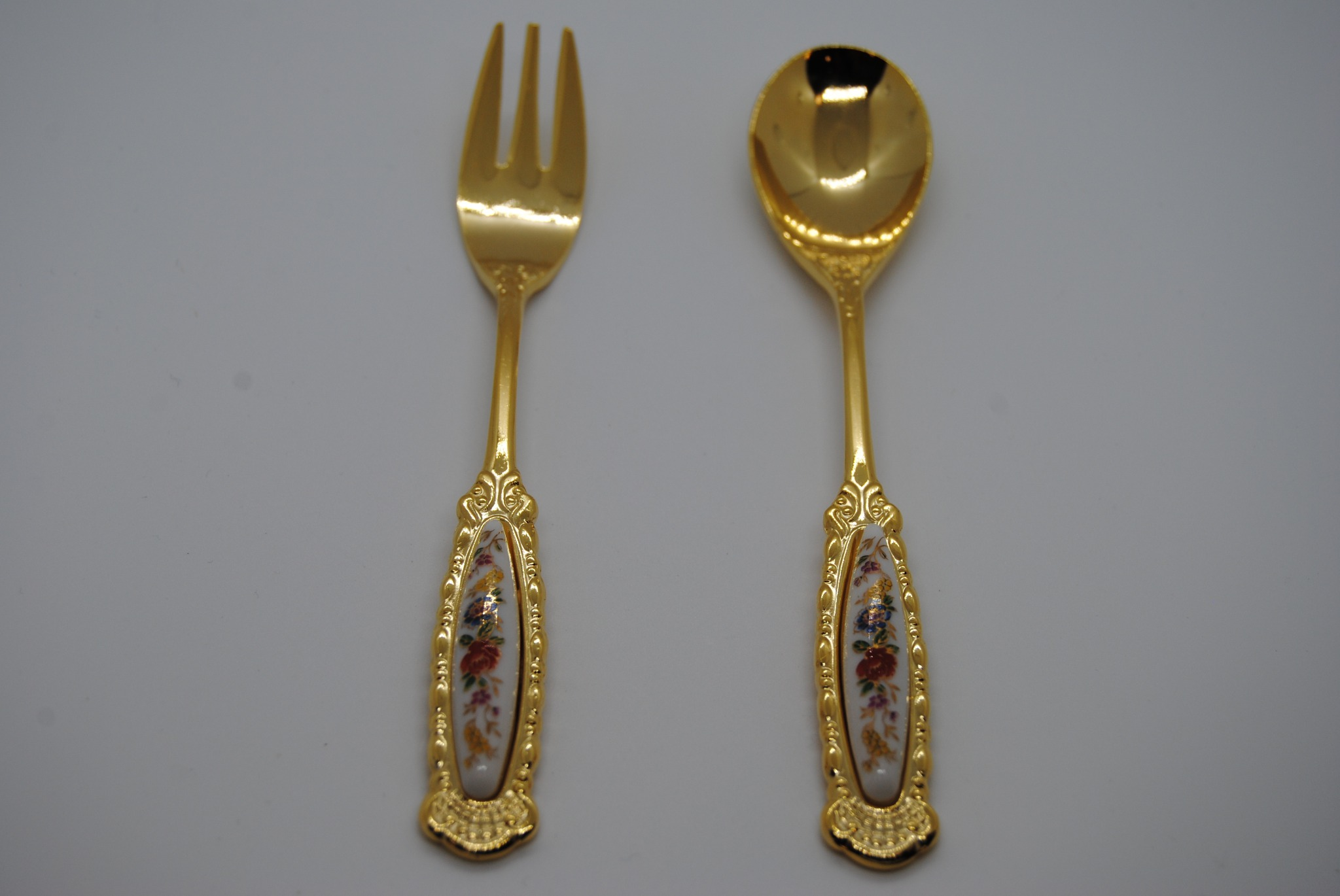 Vintage Satin Box with Gold Tone Cocktail Forks and Spoons (K)