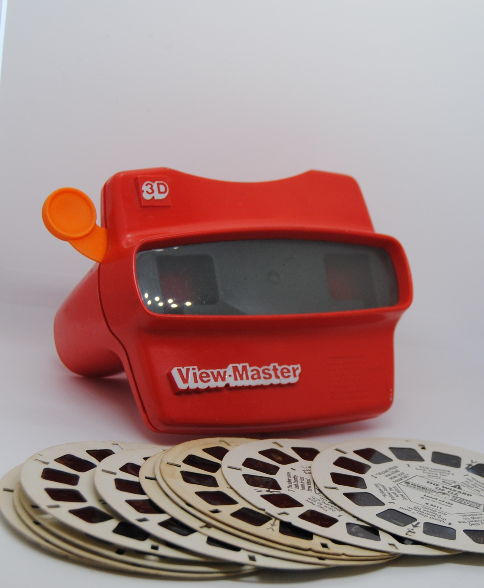 3d Viewmaster and Four 3 Reel Sets (E)