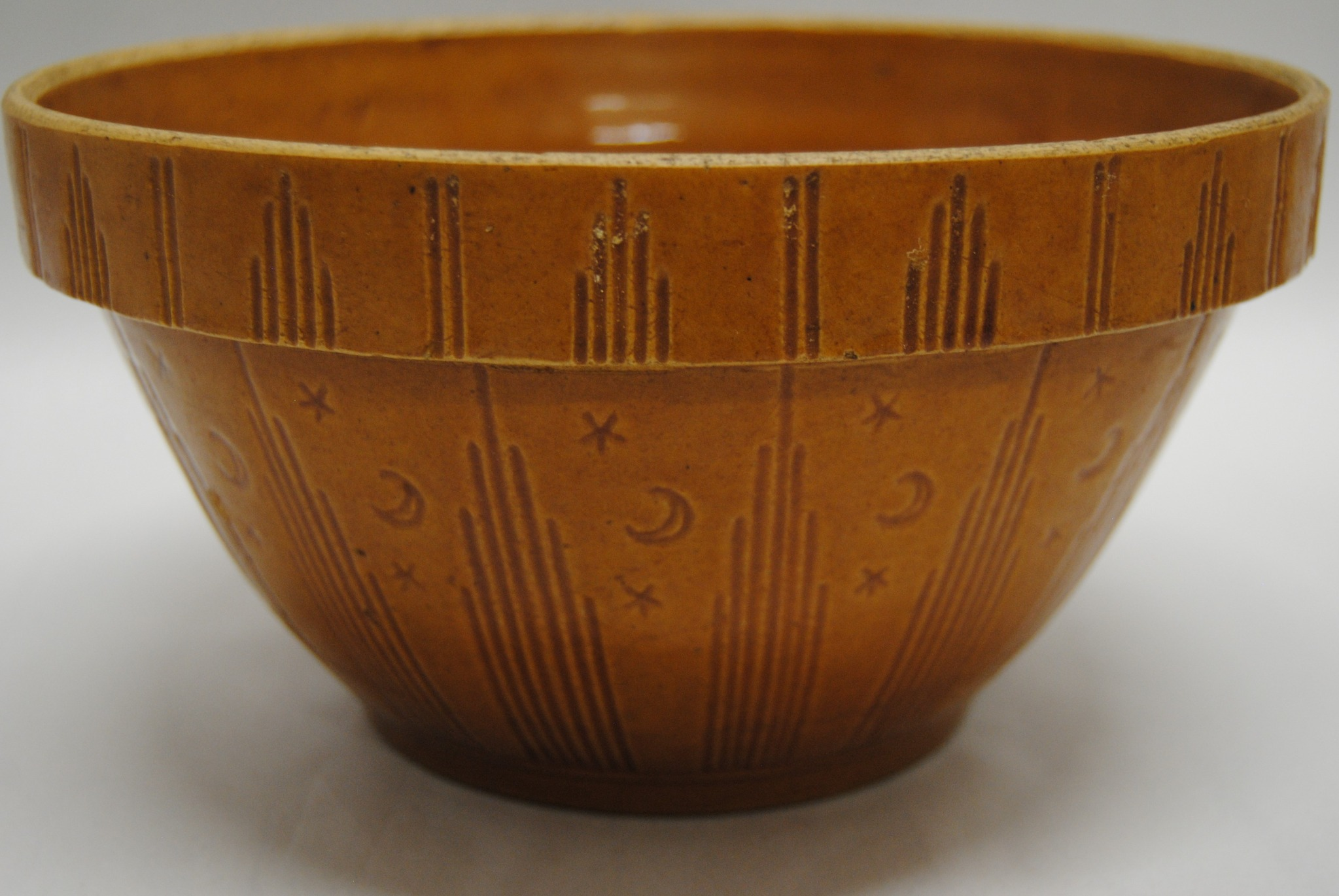 Watts Moon and Stars Antique Stoneware Mixing Bowl (T)