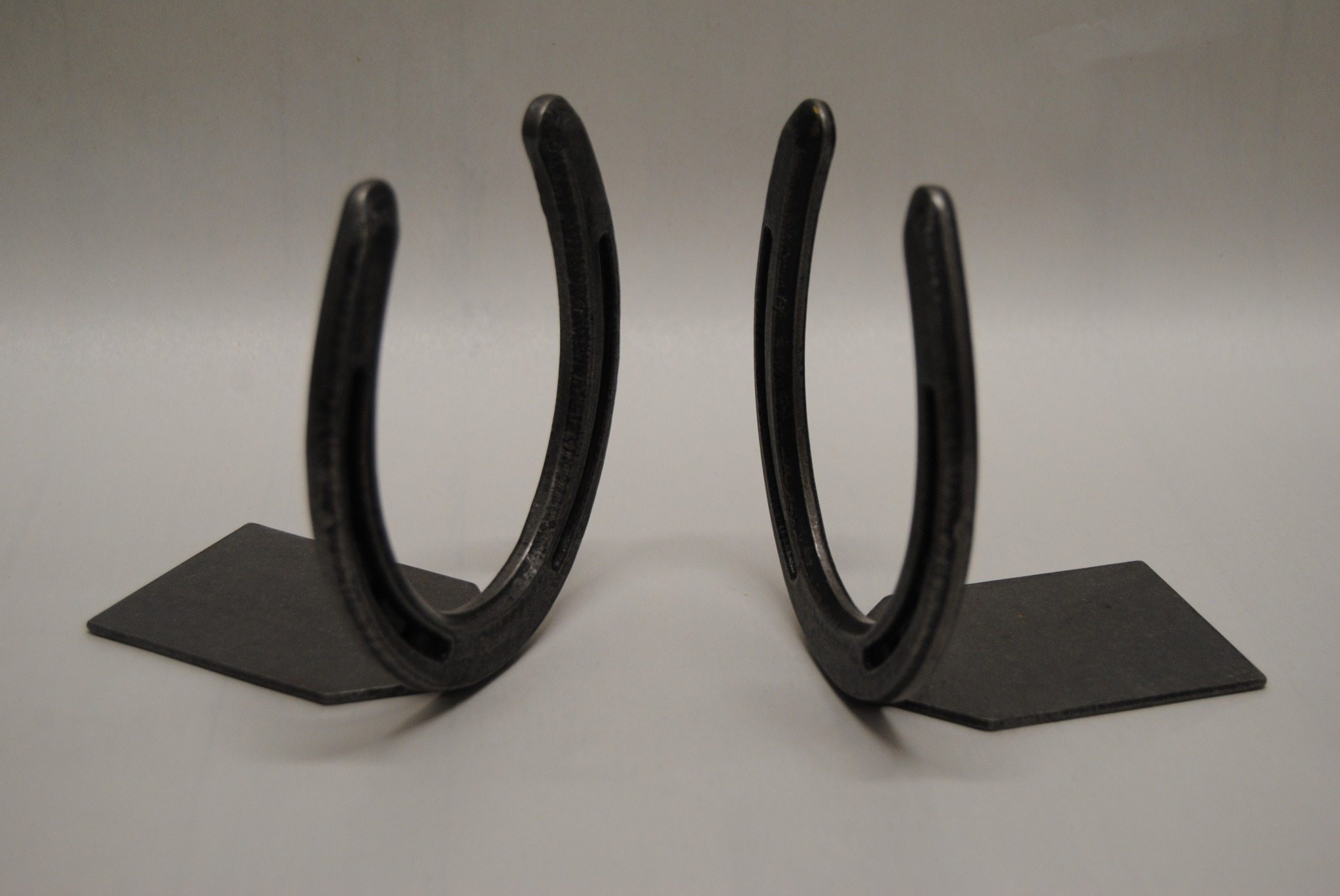 """Vintage """"O Lite"""" Forged Horseshoe Bookends (B)"""