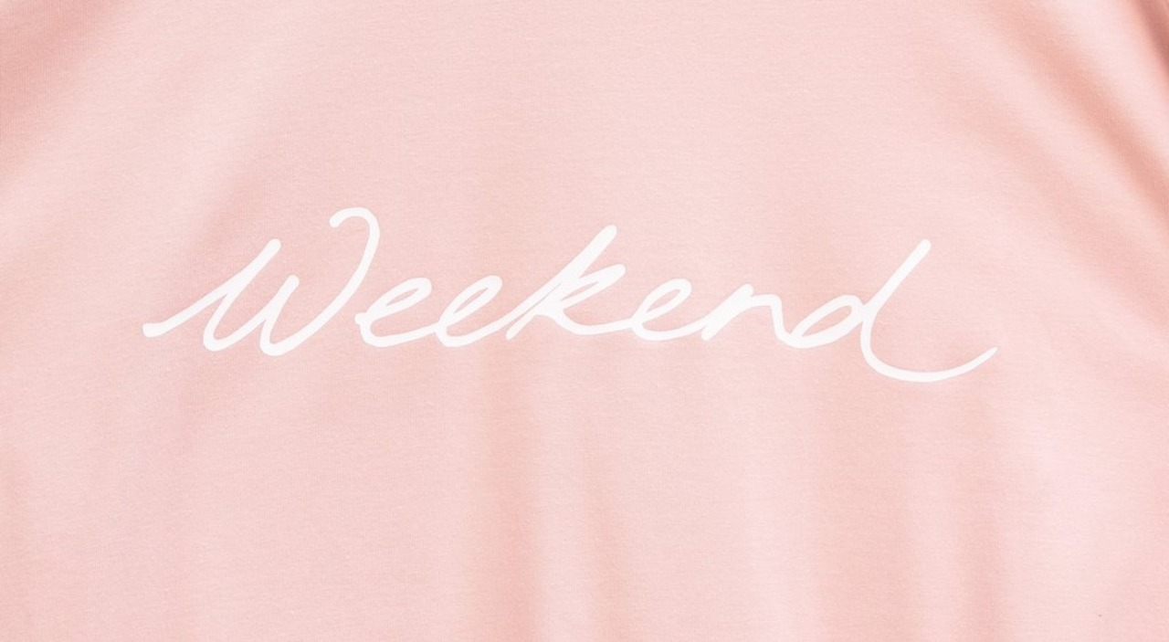 Chalk Robyn weekend script top