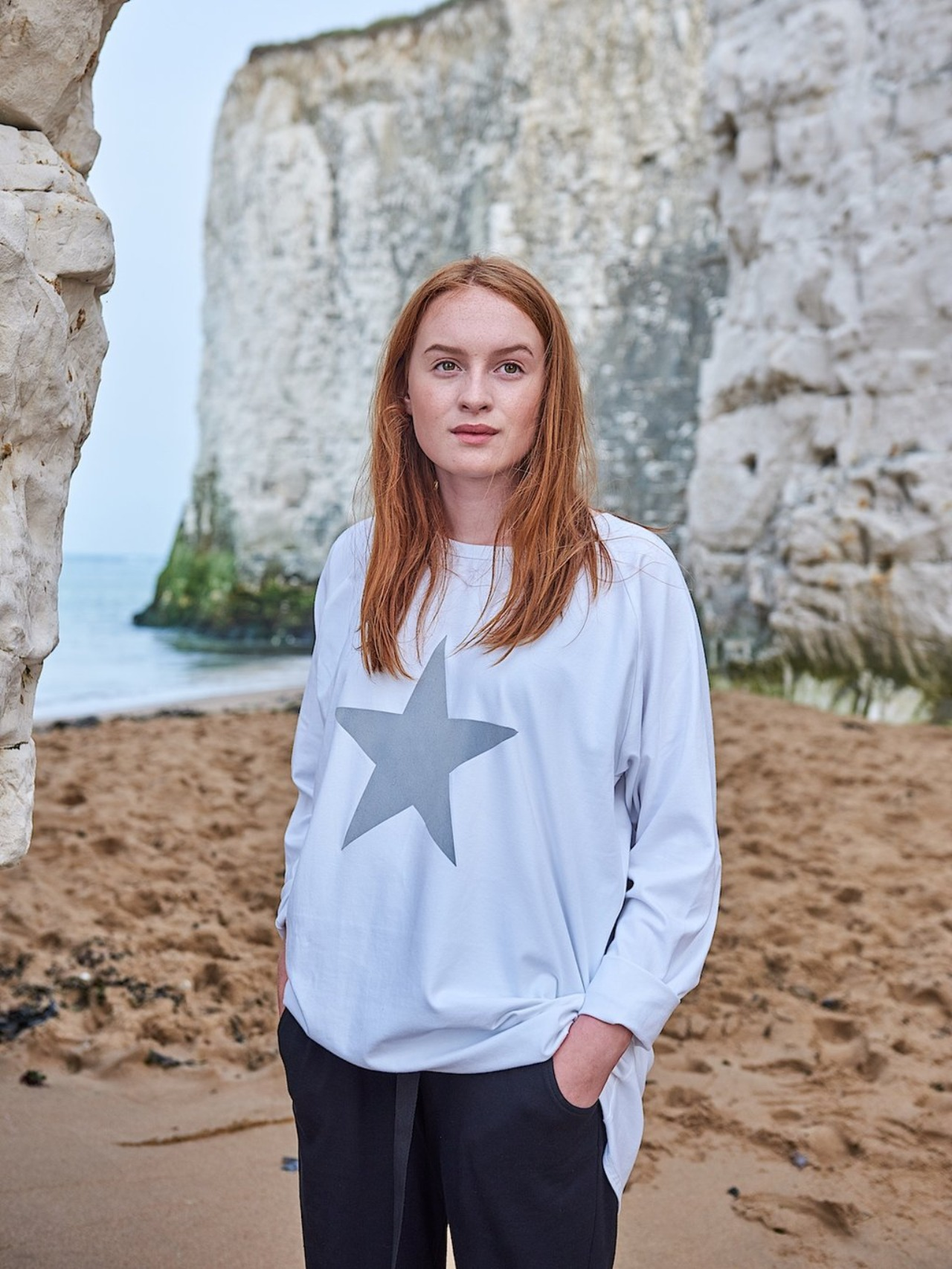 Chalk Robyn white star top