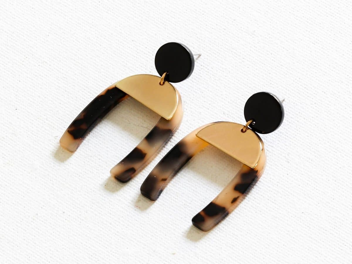 Sofia Abstract Cut Out Earrings in Tortoiseshell