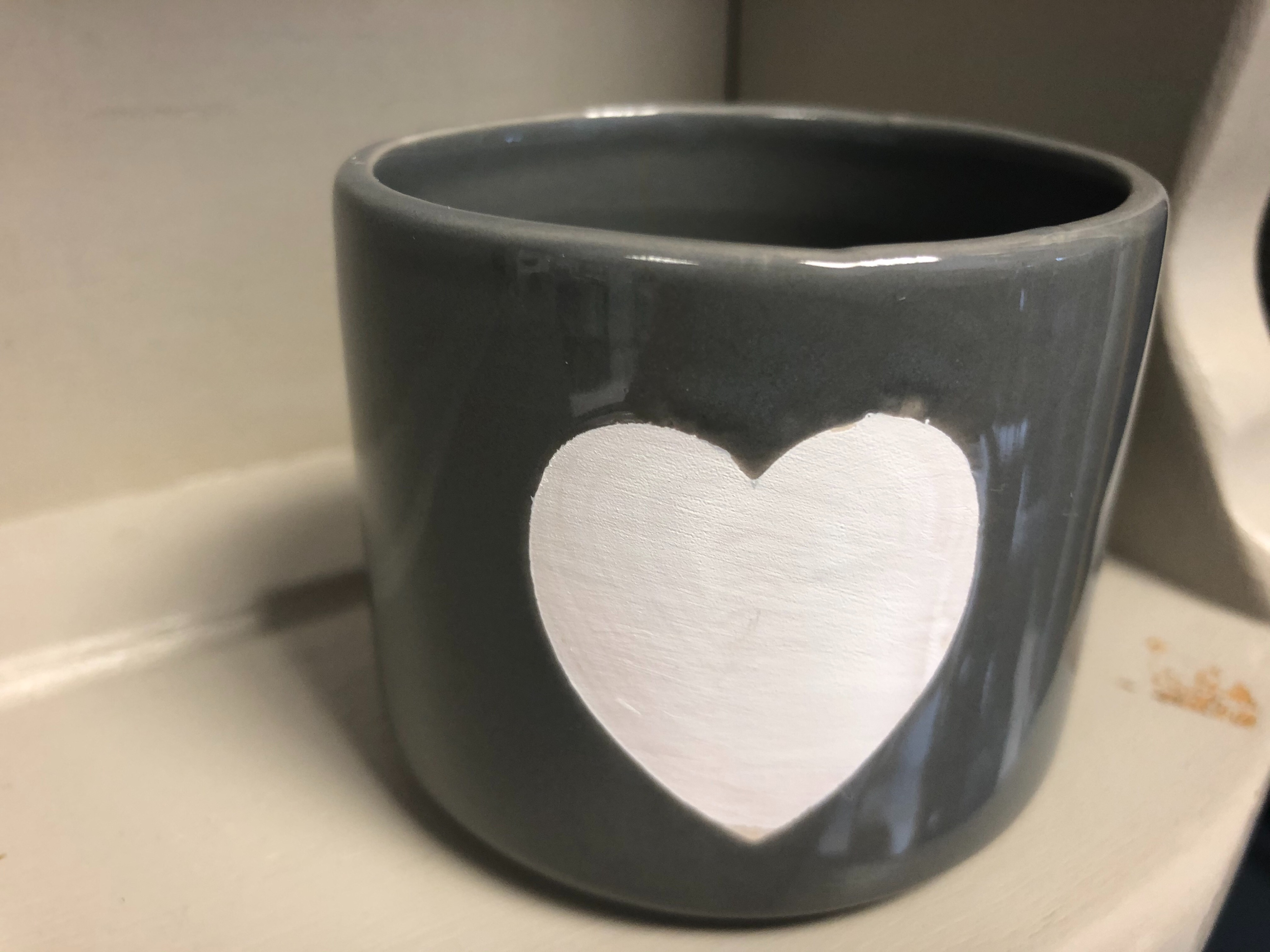 Flossie & Fred Small Grey with White Heart Plant Pot