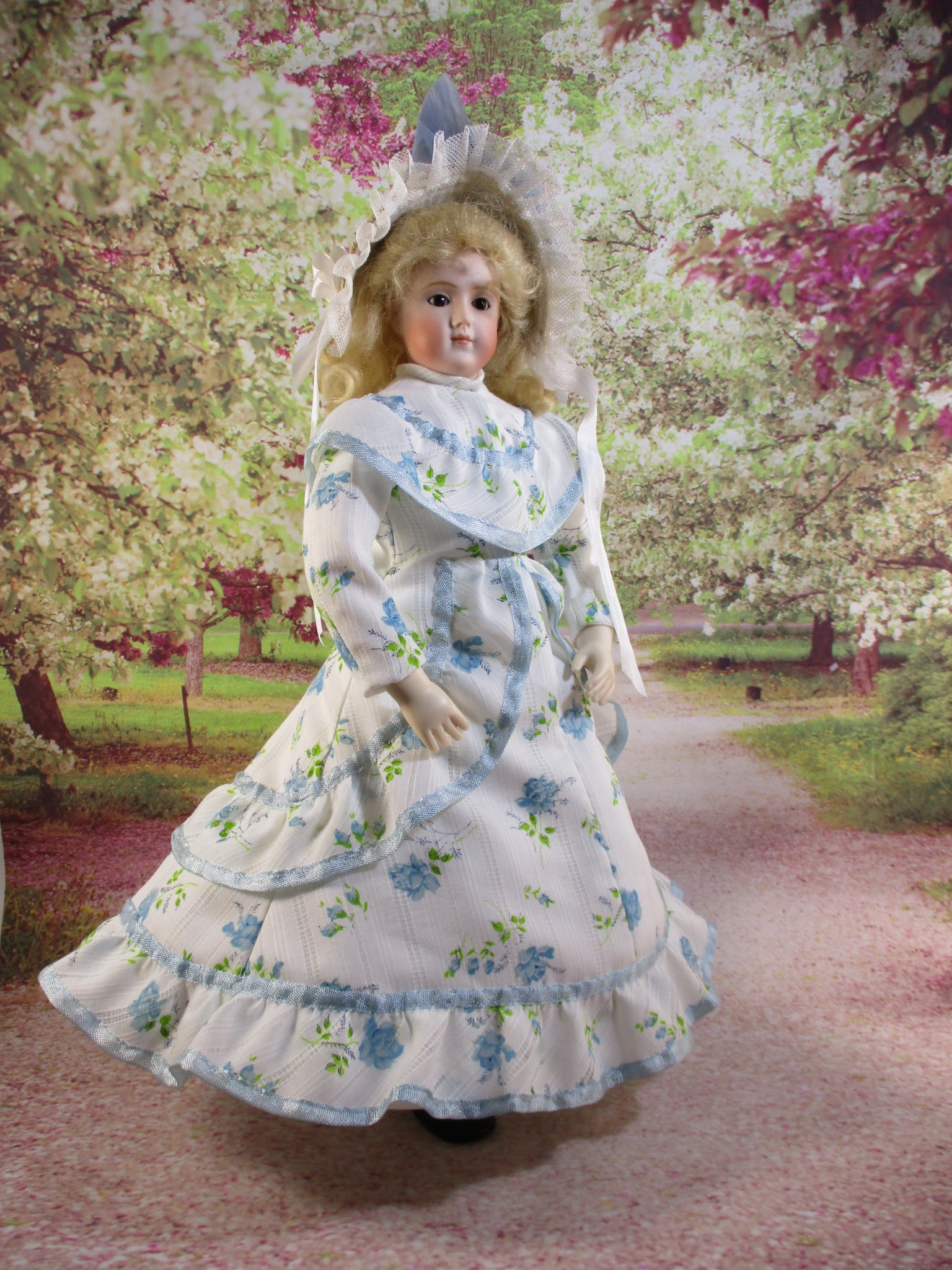 """Ruffled Dress Pattern for 12.5"""" Jointed Body"""