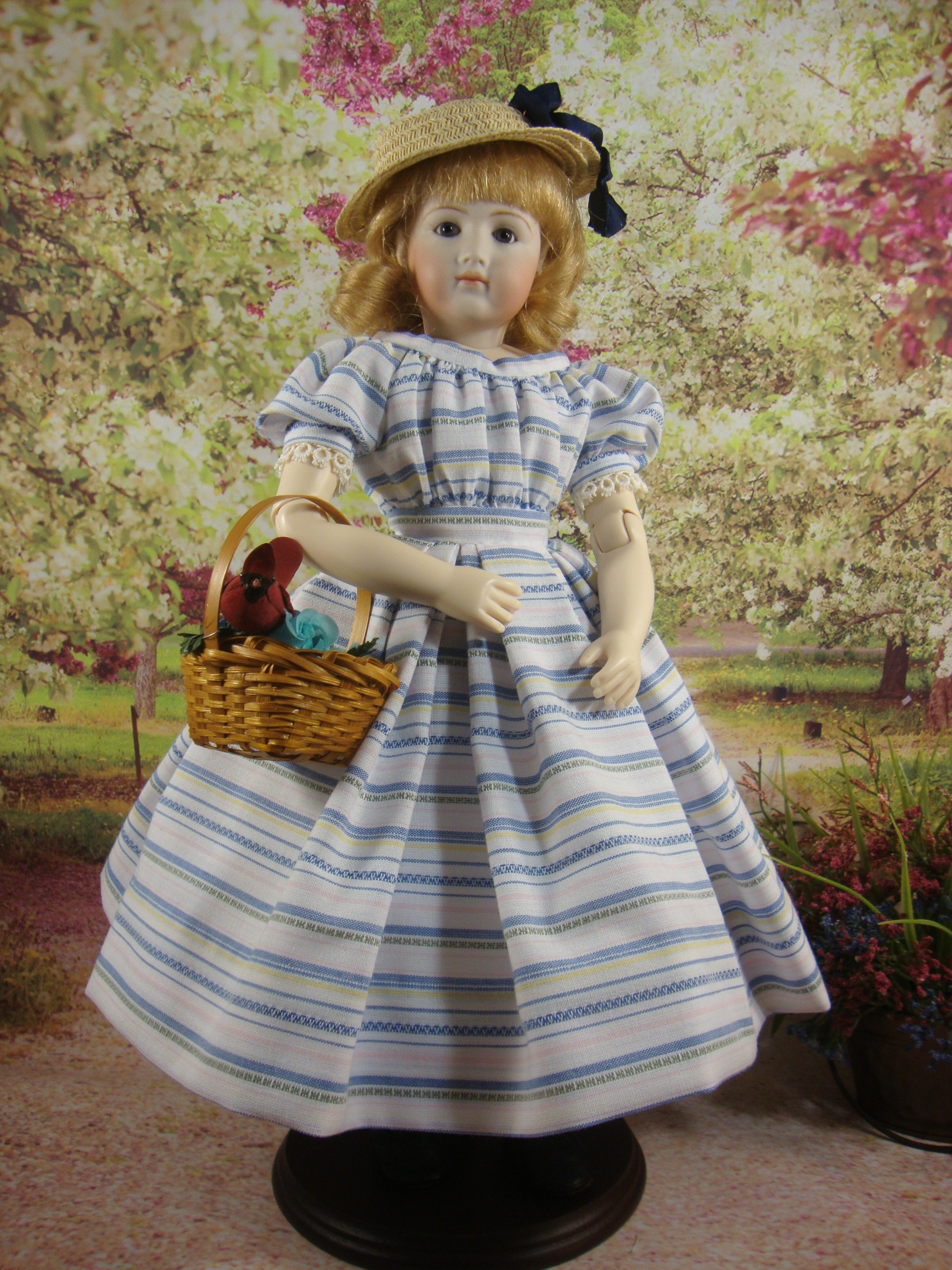 "Country Dress for 12.5"" Jointed Body"