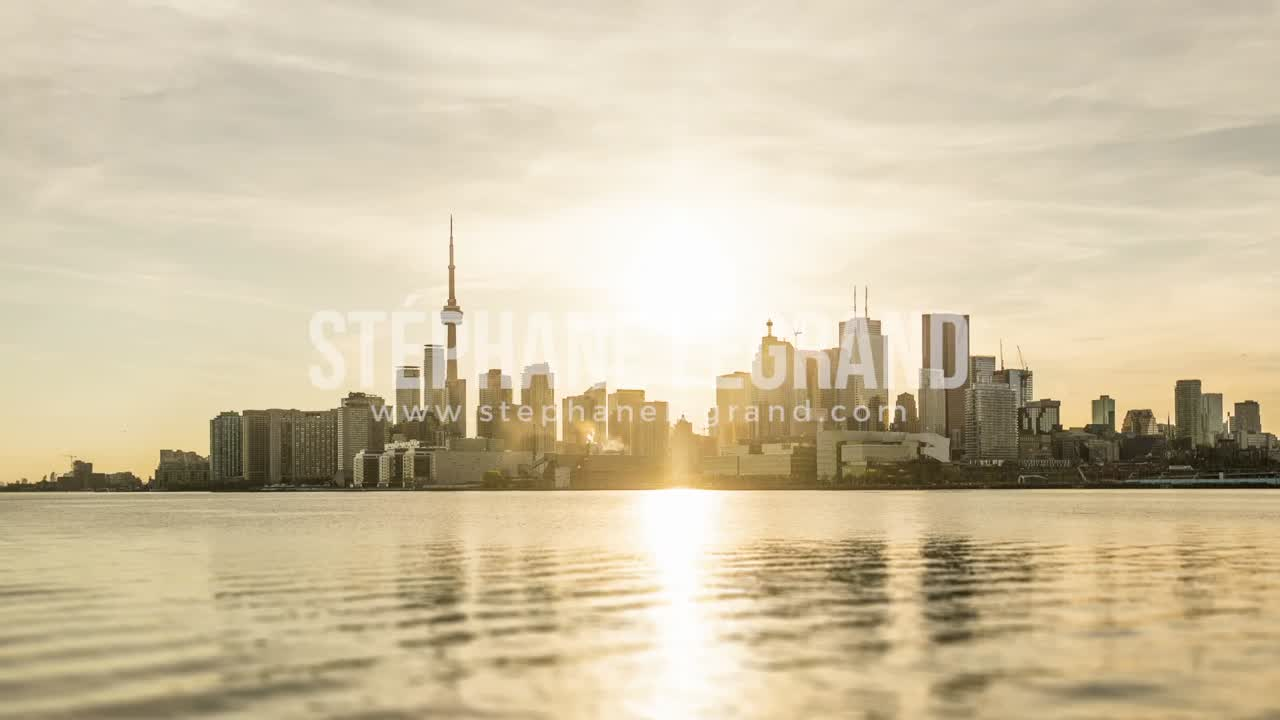 Toronto, Canada - Timelapse  - Day to Night from Polson Pier
