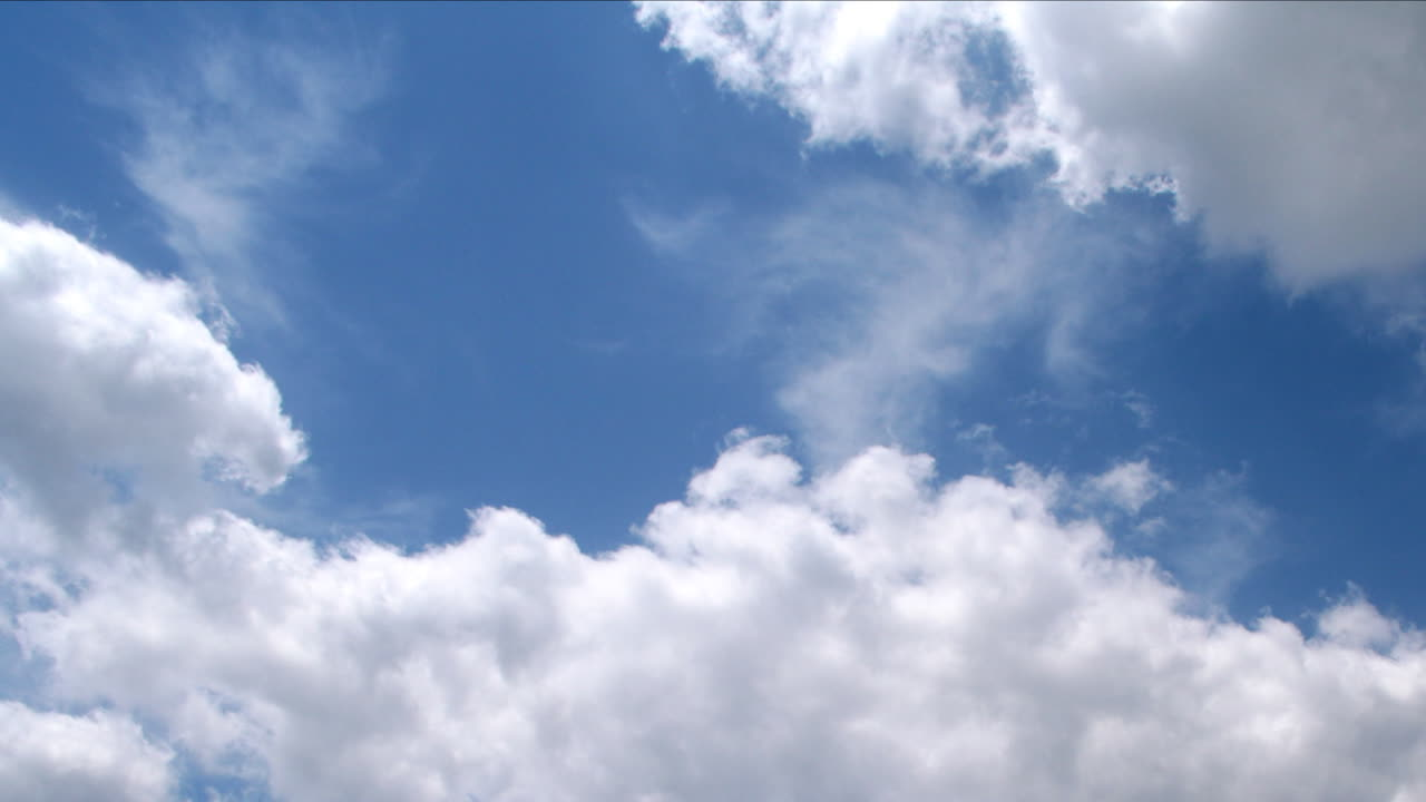 Clear Blue Cloudy Sky 2 (Time-Lapse)