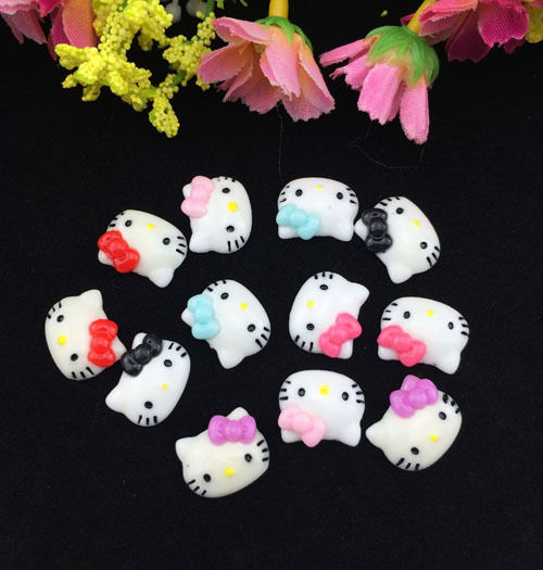 Flat Back Resin Craft Pieces HELLO KITTY 12 x 15 mm