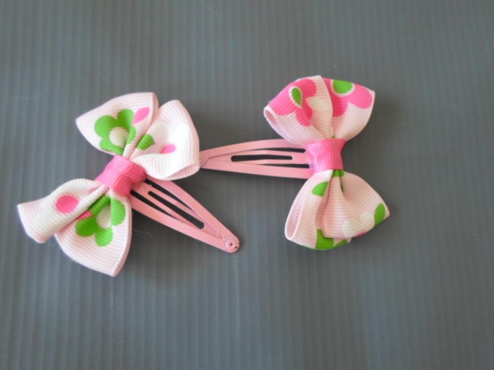 """Pink Hair Clips Approx 2"""" wide Grosgrain Ribbon Bows 2 pcs"""