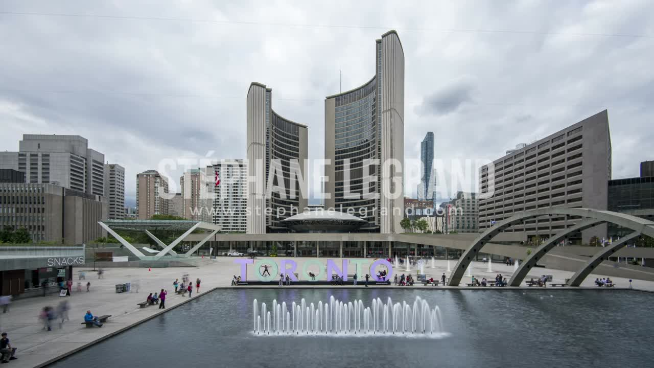 Toronto, Canada - Timelapse  - Nathan Phillips Square