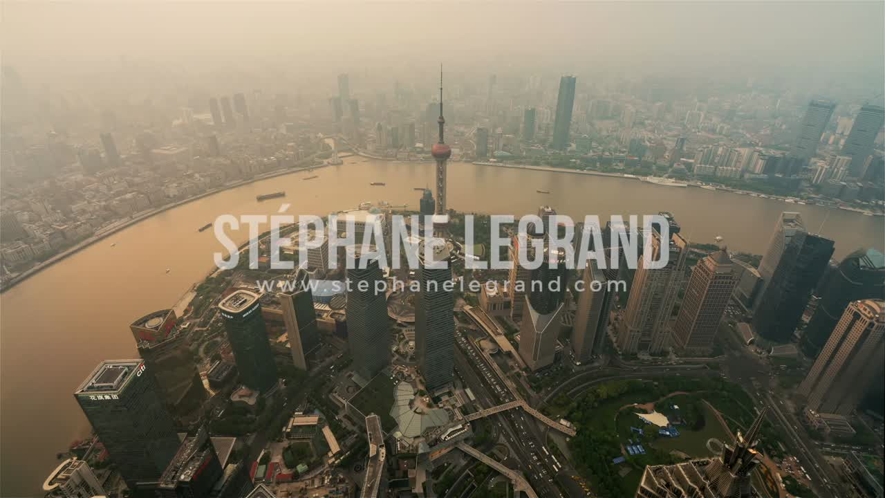 Shanghai | Day to Night from the Shanghai Tower