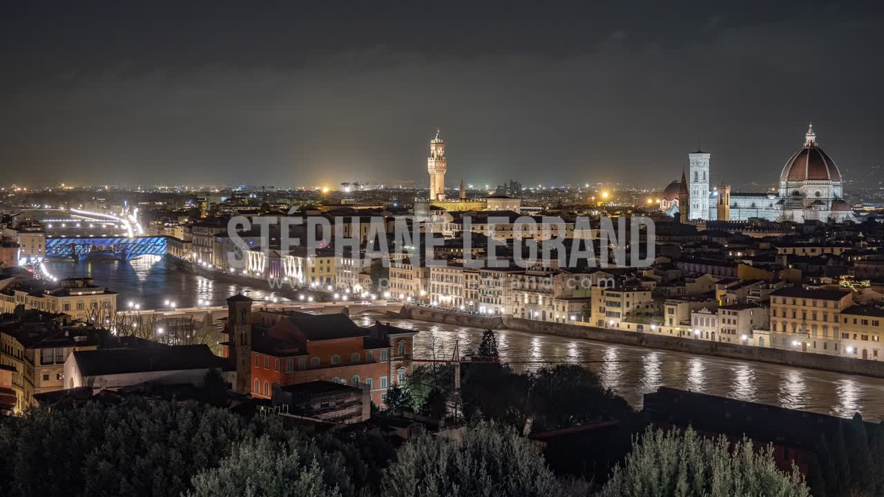 Florence, Italy, Timelapse  - Florence at Night