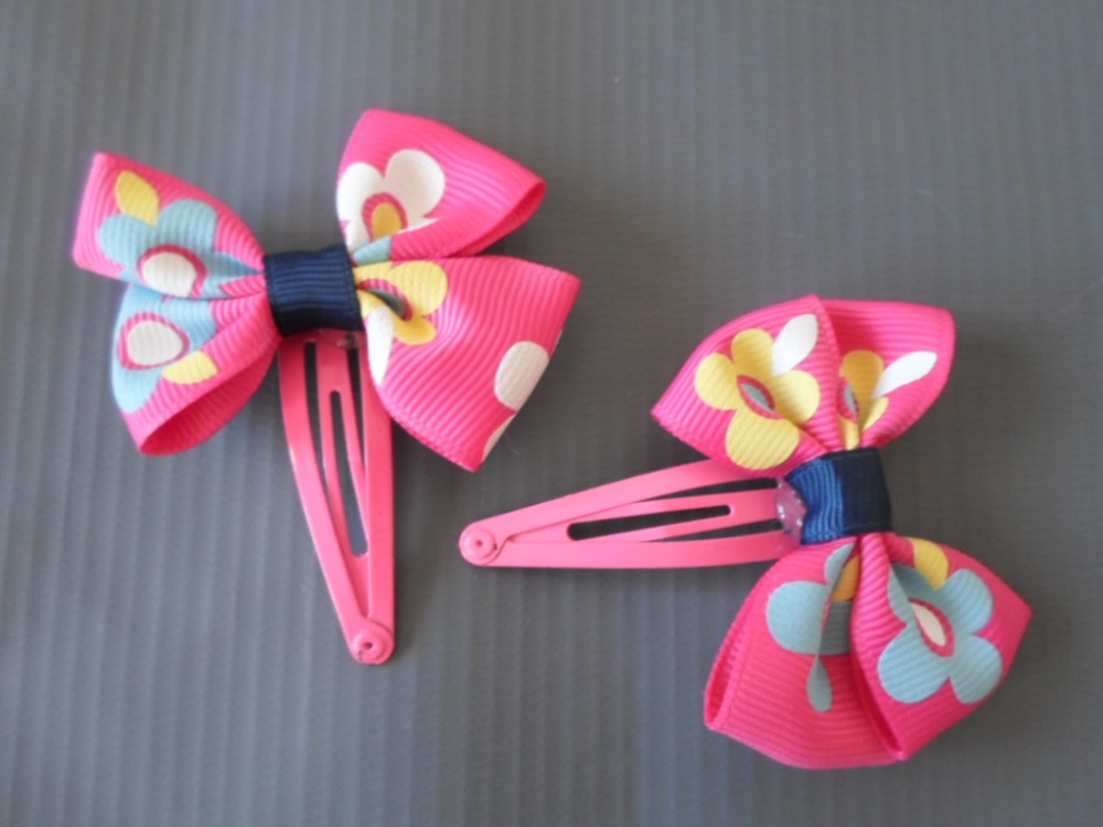 Hot Pink Hair Clips- Bows Approx 2