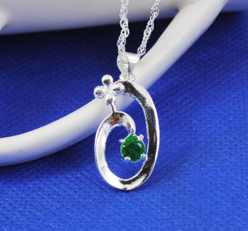 Nice Fashion  925 sterling Silver flower Green CZ pandant + necklace