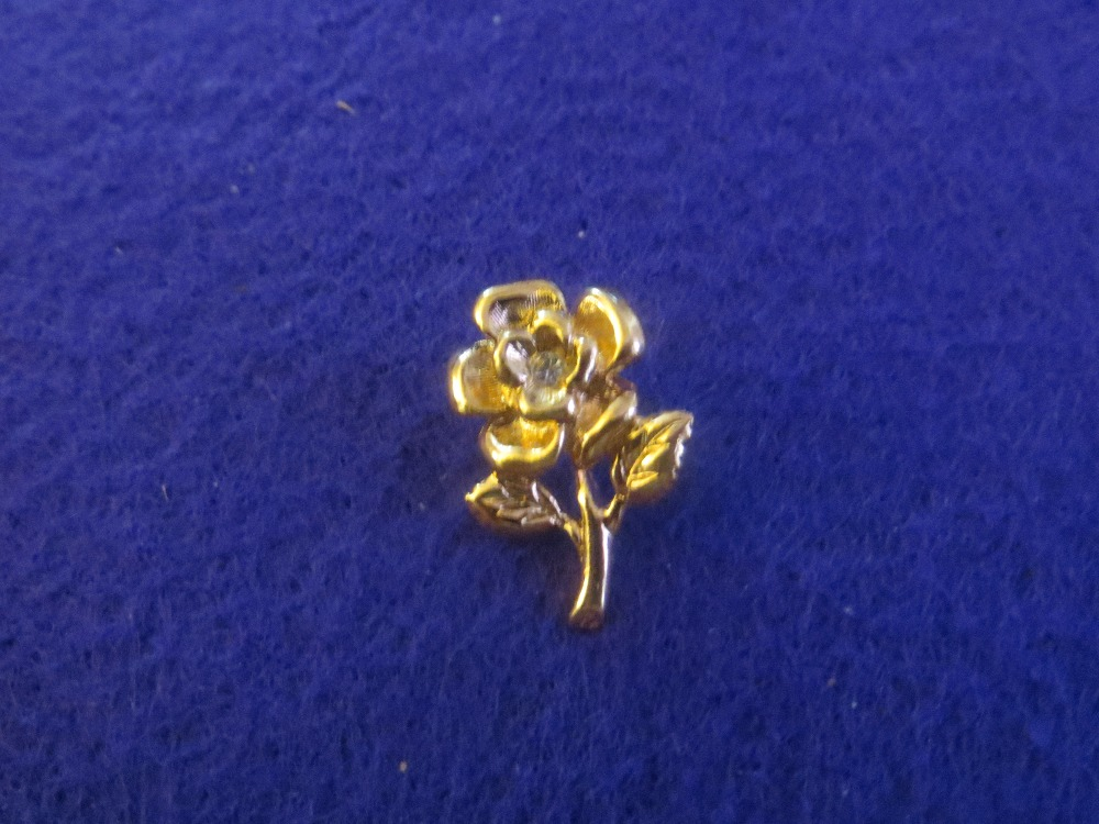 Miniature Rose Pin