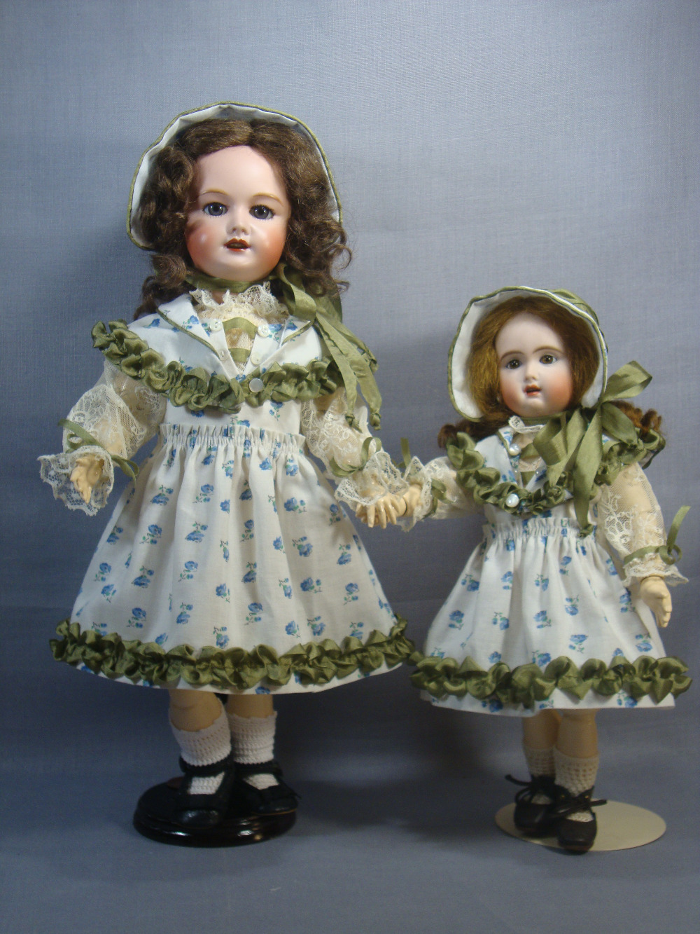 Rosette Pattern Deauville Dress and Bonnet