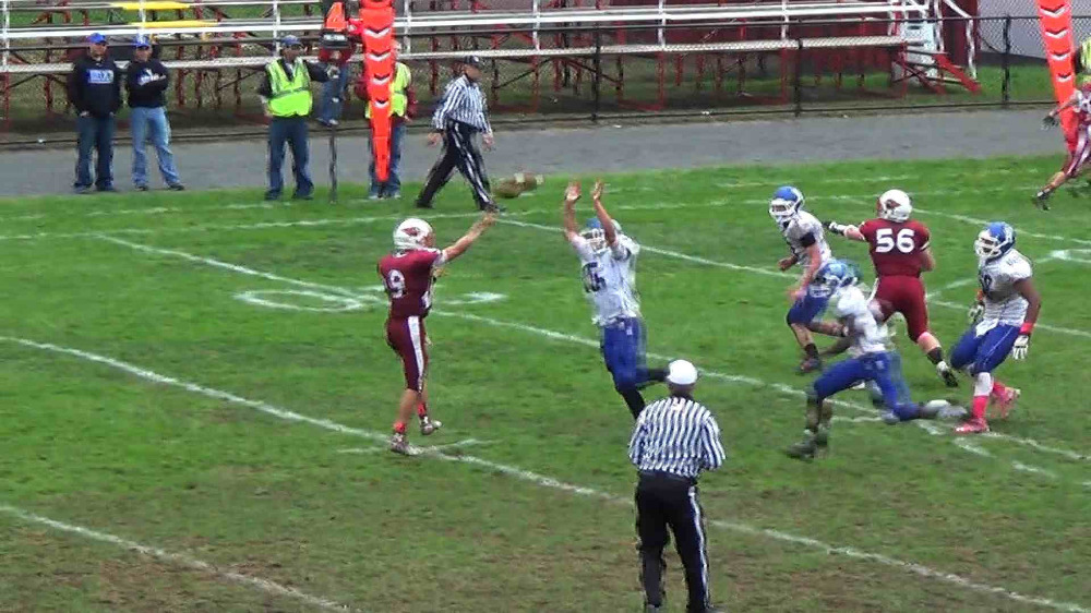Pompton Lakes vs. Hawthorne football highlights